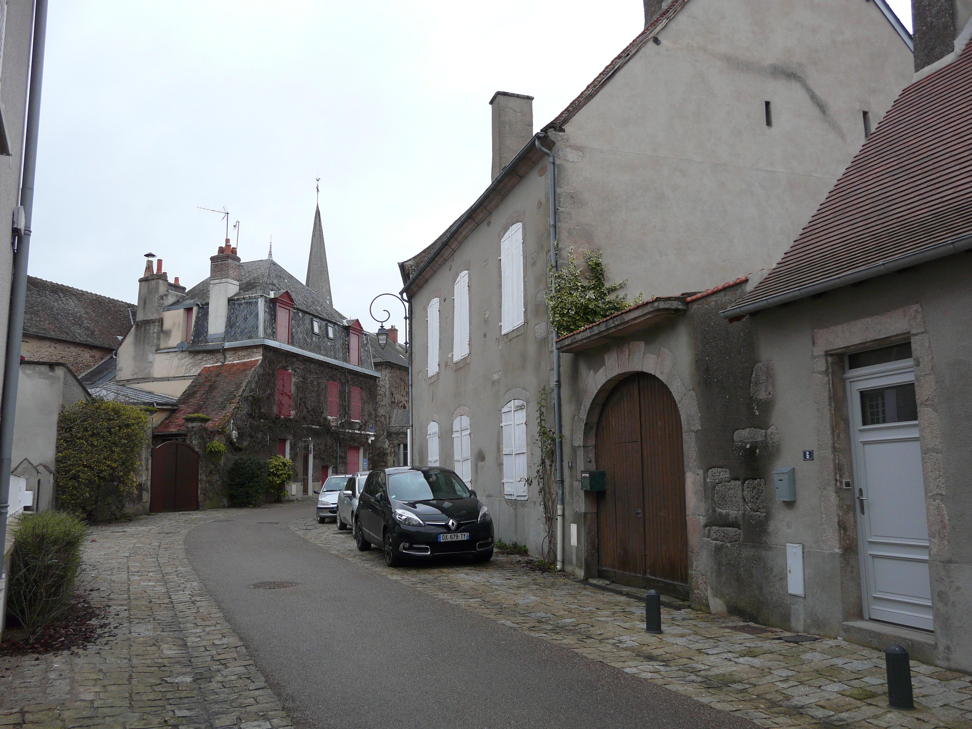 Demeure de charme au coeur du village médiéval de Boussac