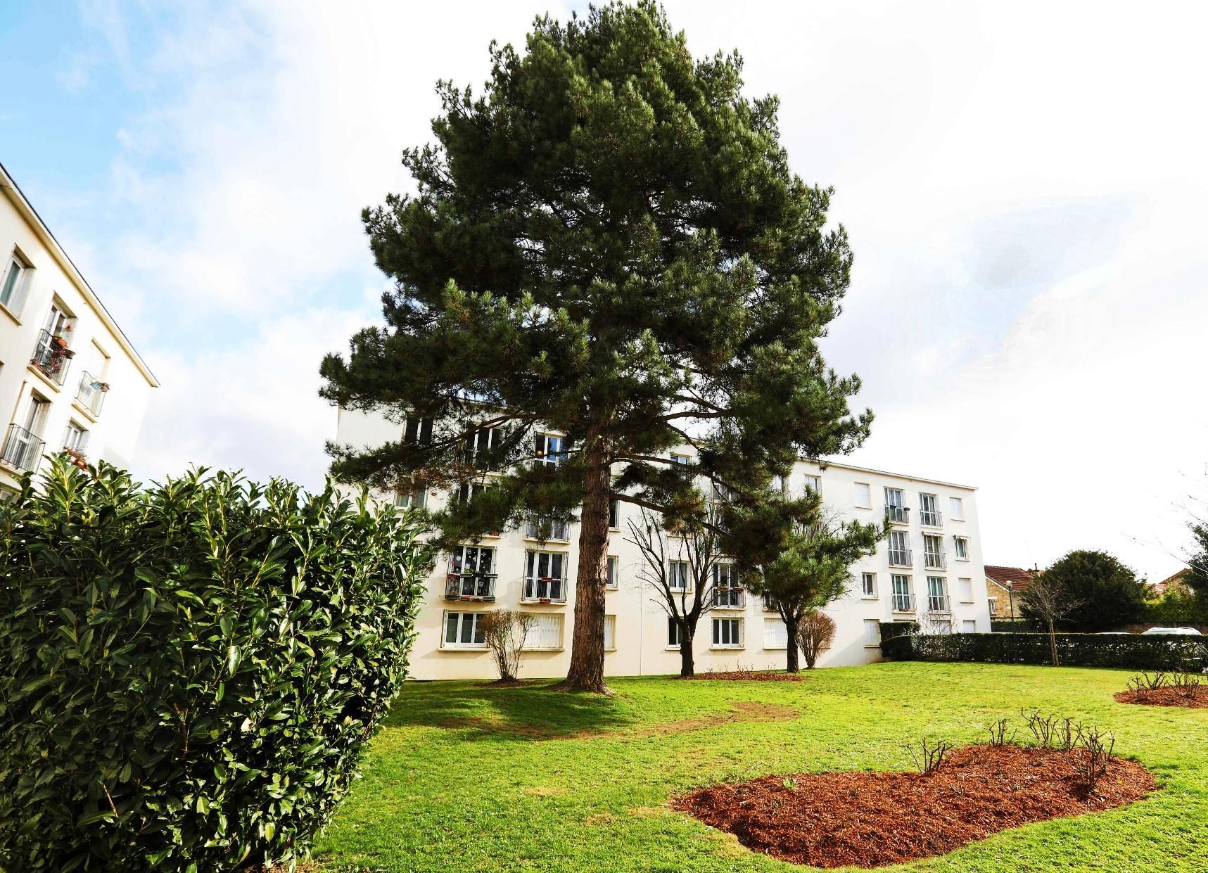 A vendre appartement 3P 57m2,  2 chambres (3 possible) à VERSAILLES