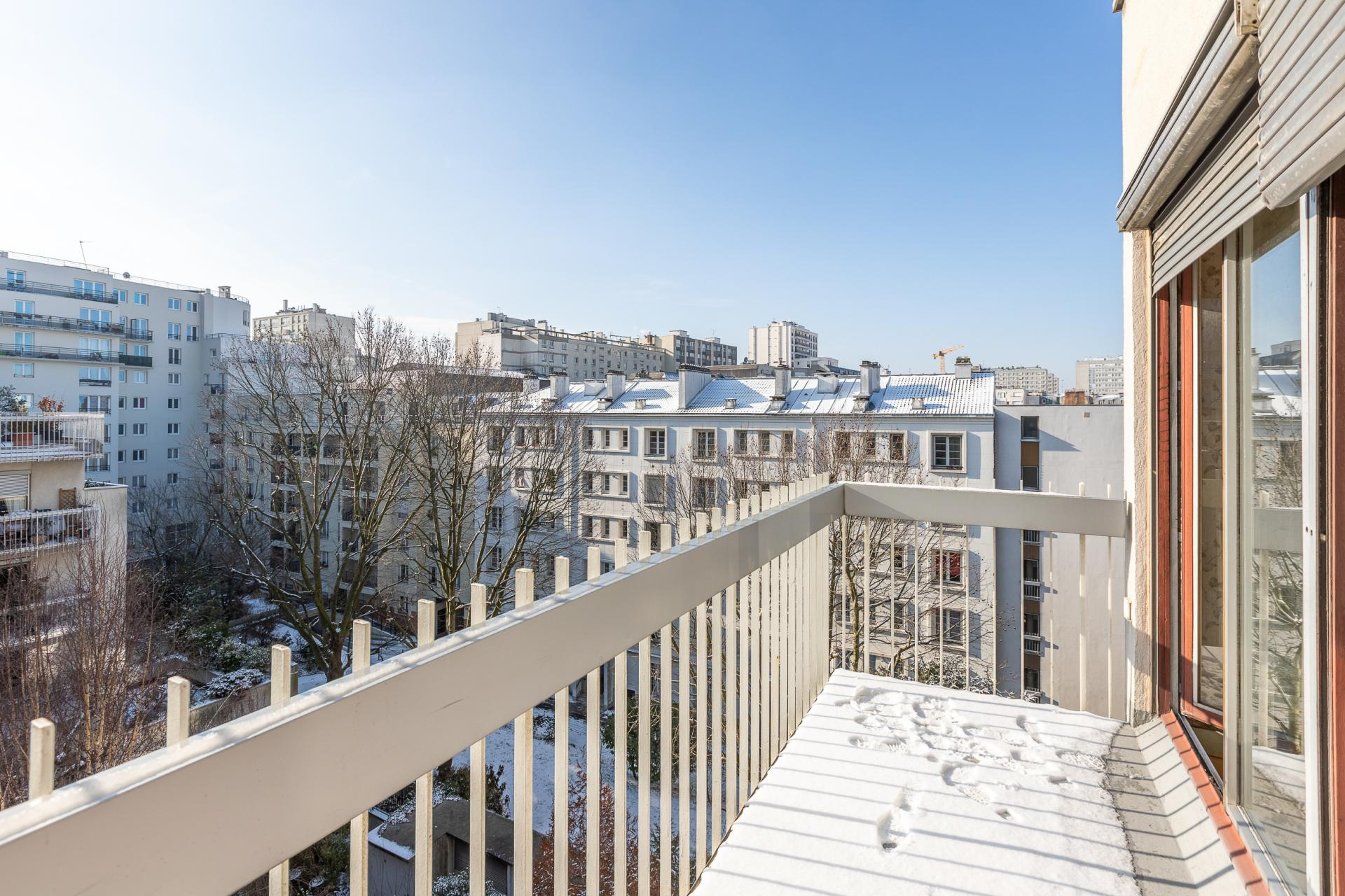 PARIS 19EME - RUE HAXO / RUE DE ROMAINVILLE - CHARMANT APPARTEMENT TROIS PIECES - 7EME ETAGE - BALCON - CAVE - PARKING