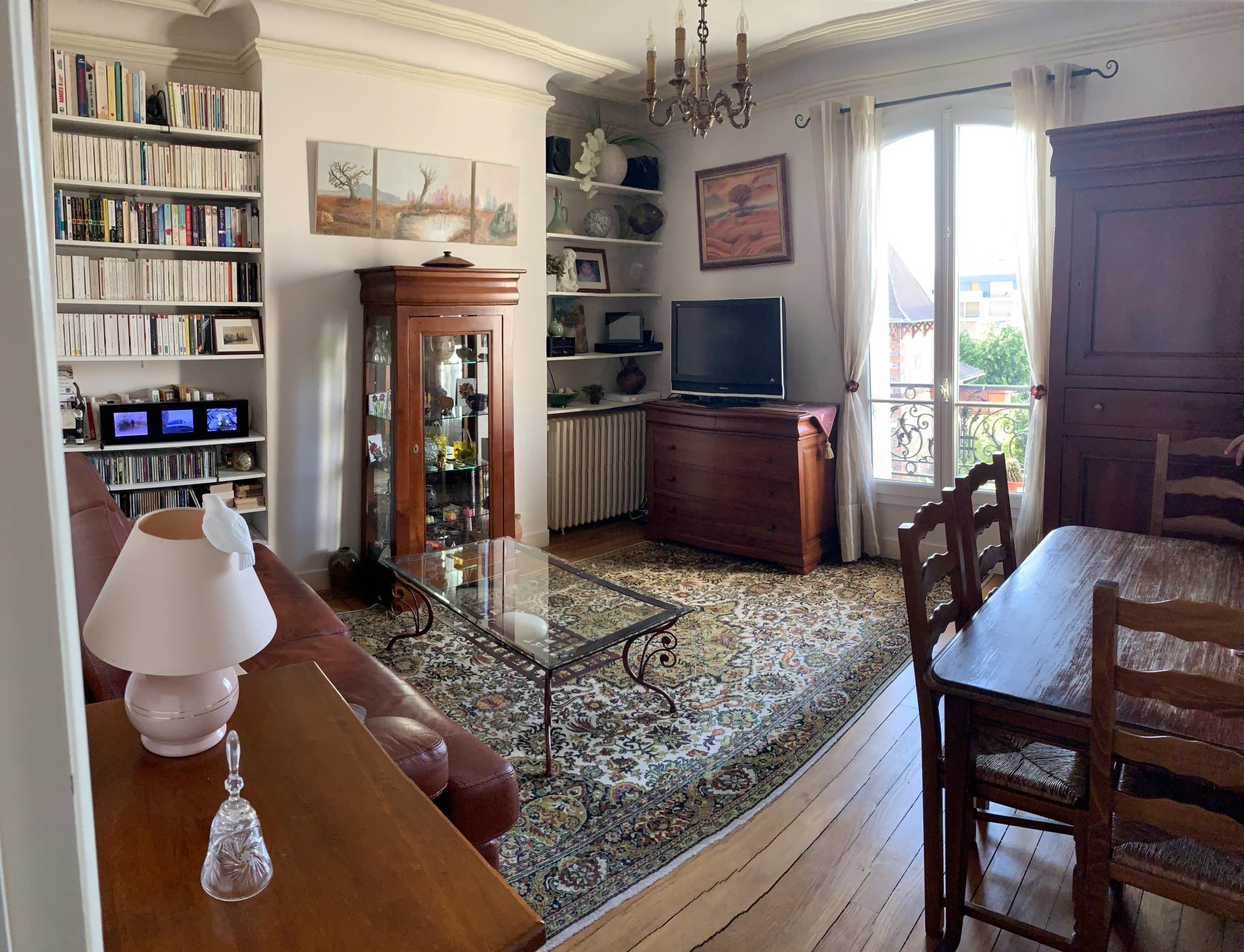 Appartement 3 pièces a proximité immédiate de la mairie de Saint-Maur-des-Fossés
