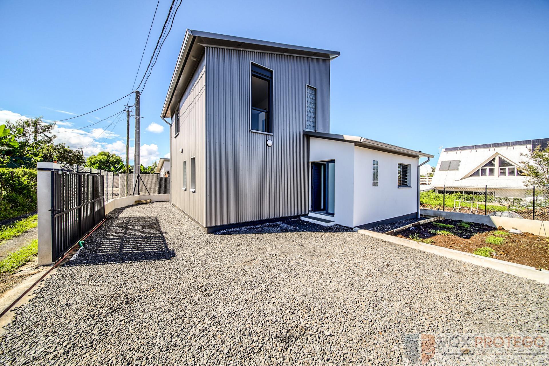 Maison F4 à louer sur le Tampon 12e km (Réunion)