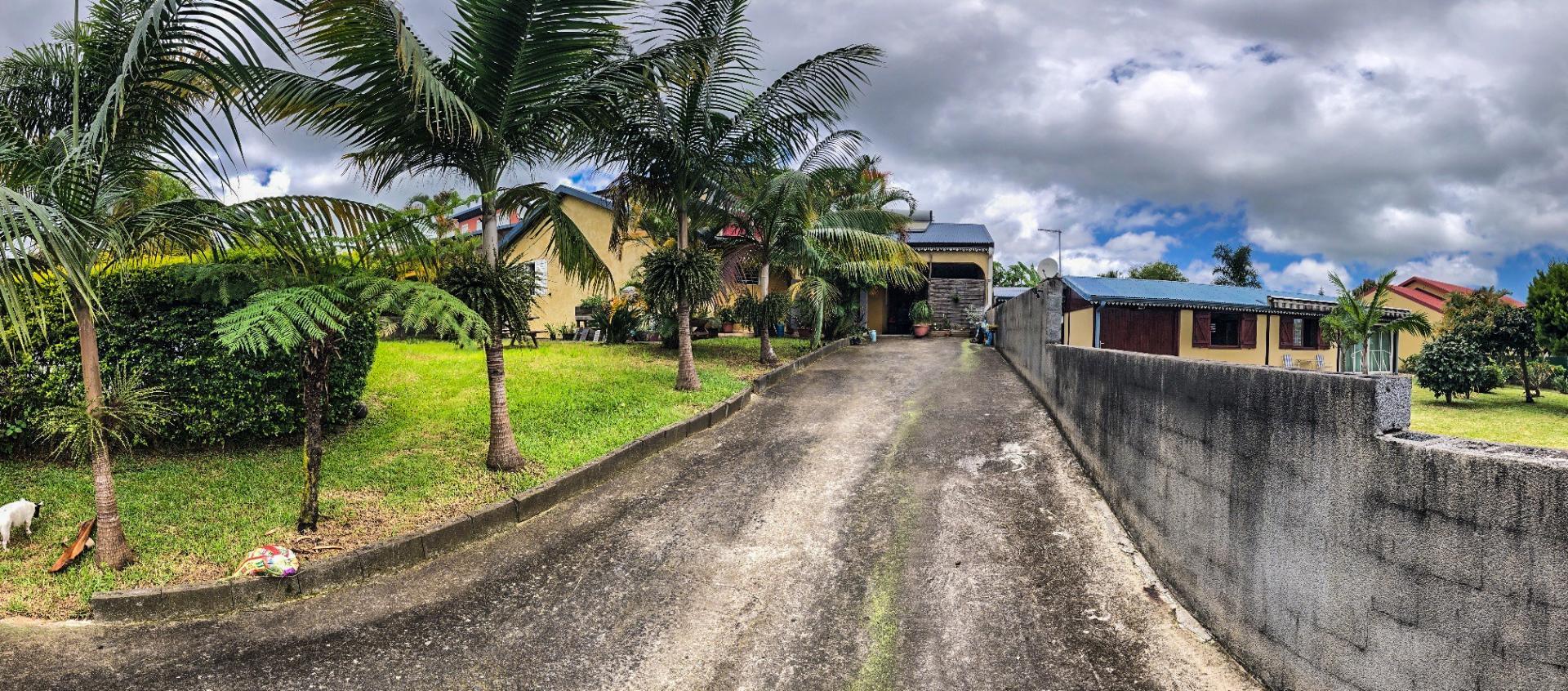 Villa F5 secteur résidentiel au Tampon (Réunion)
