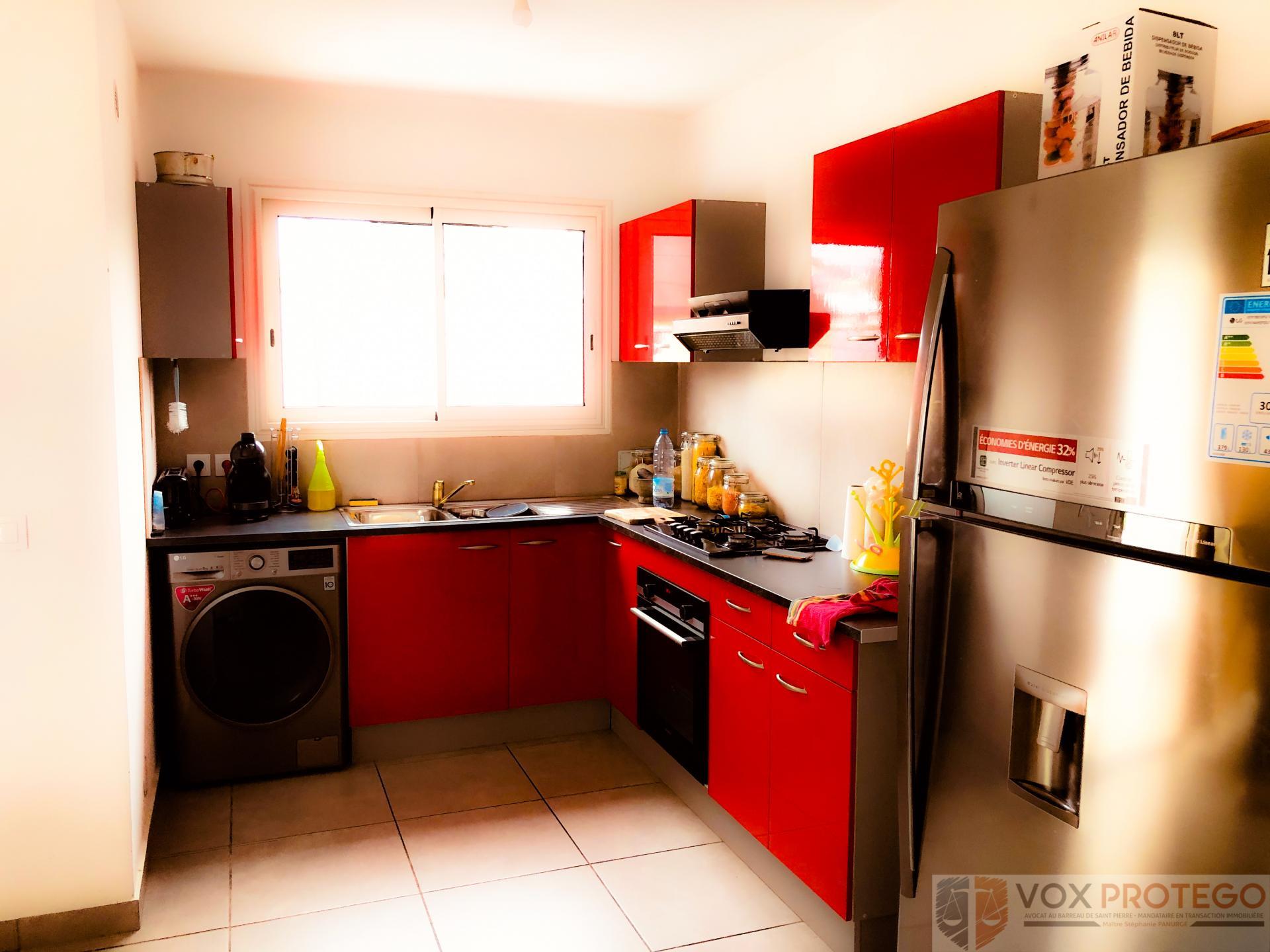 Appartement F4 situé au centre ville du Tampon (Réunion)