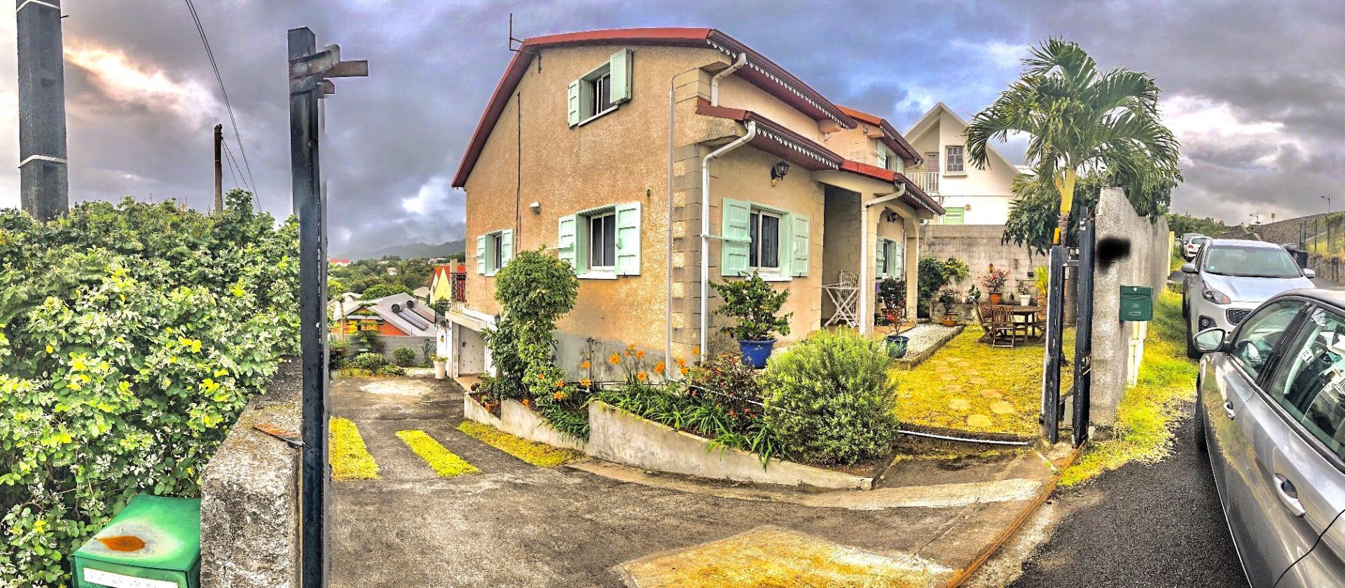 Belle maison F5 au centre ville de Saint Joseph (Réunion)