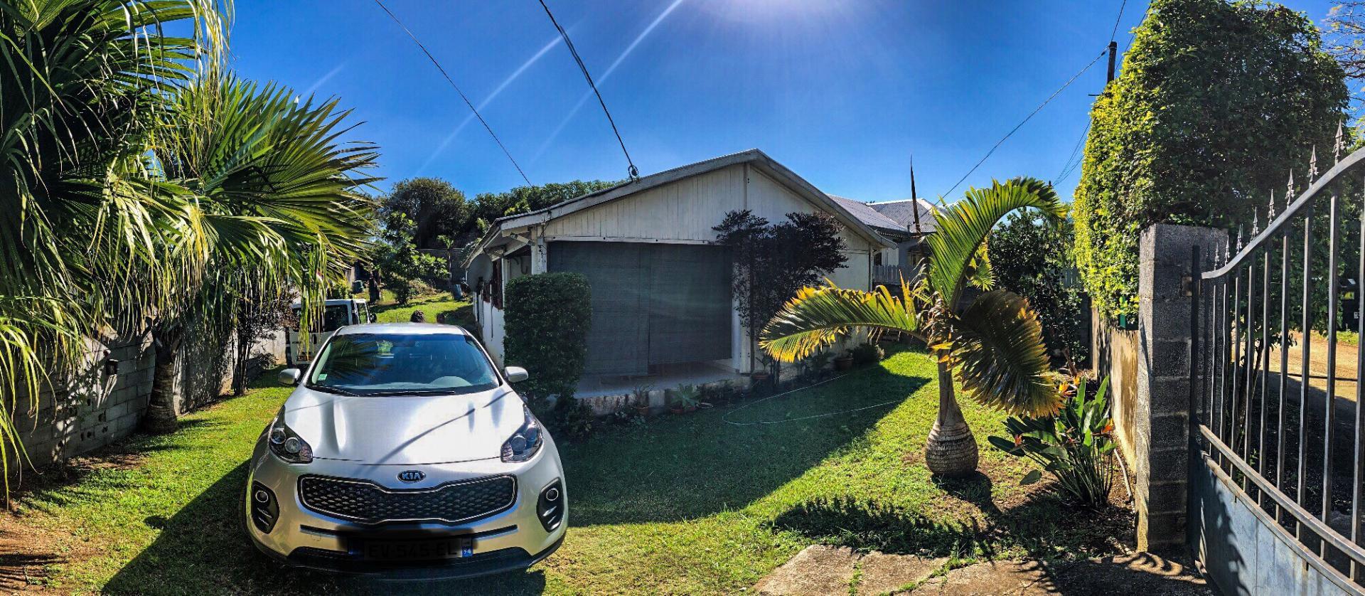 Maison F4 sur Saint Pierre (Réunion)