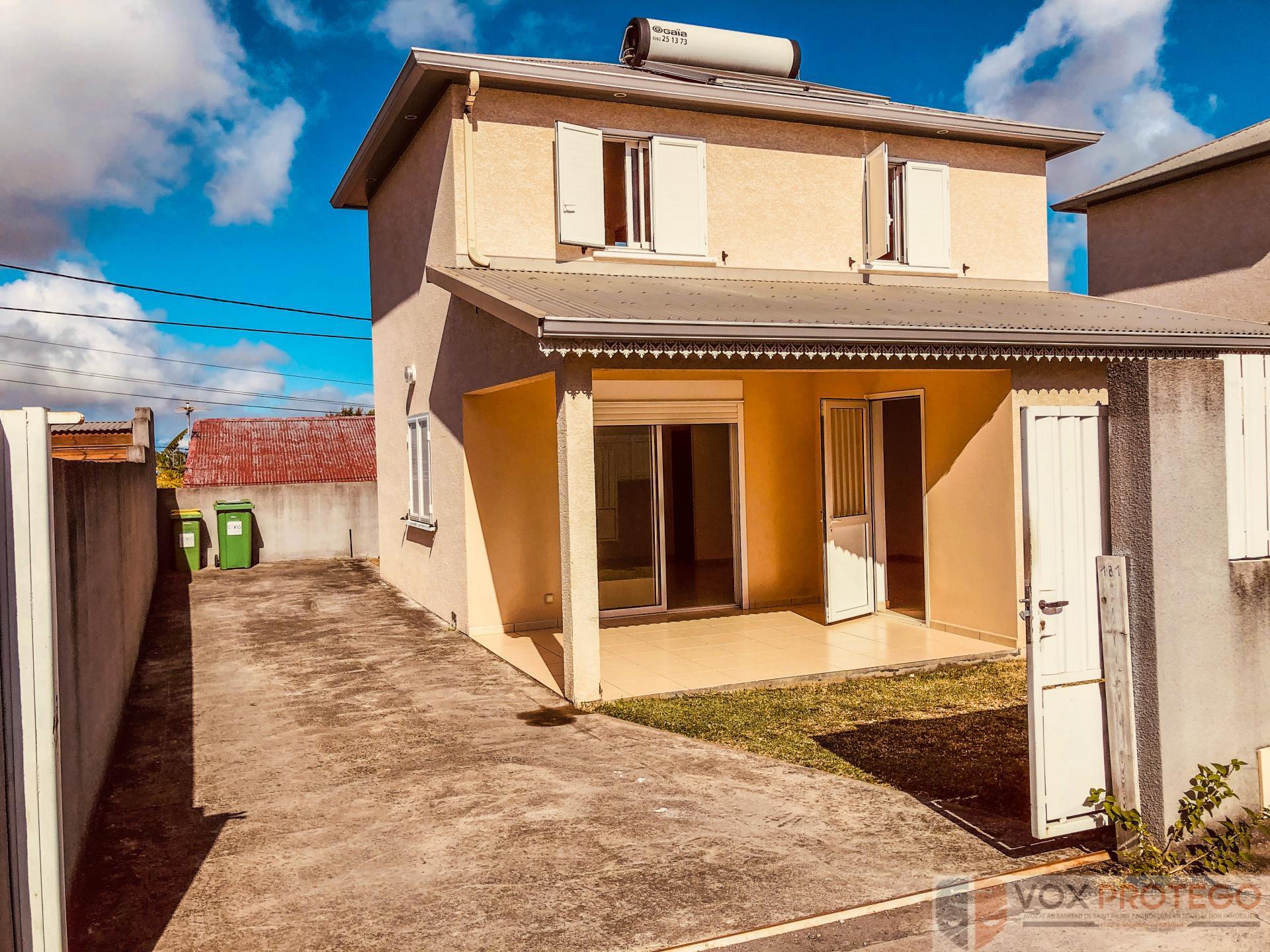 Maison F4 - LIGNE DES 400 - SAINT PIERRE (RÉUNION)