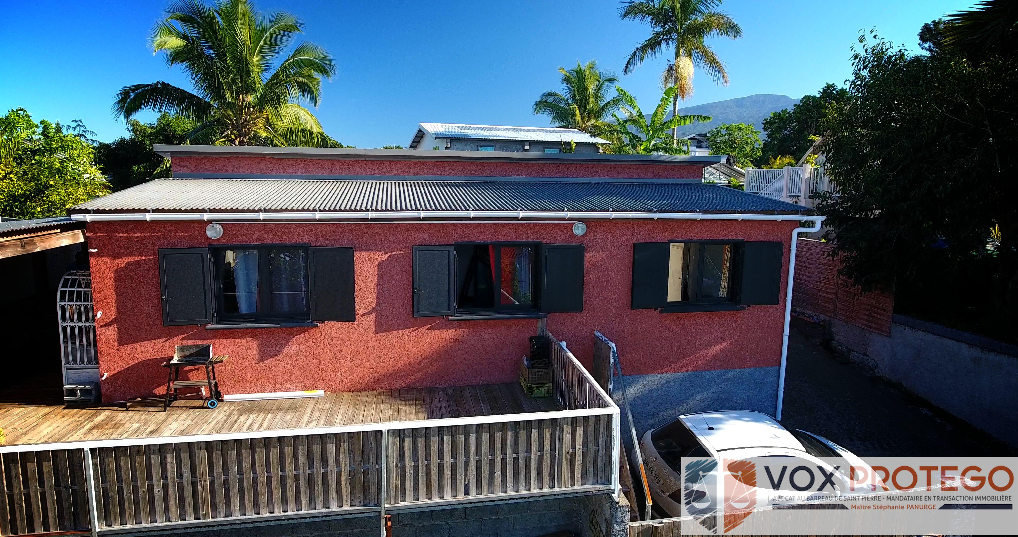 Maison cosy avec piscine sur Saint Pierre
