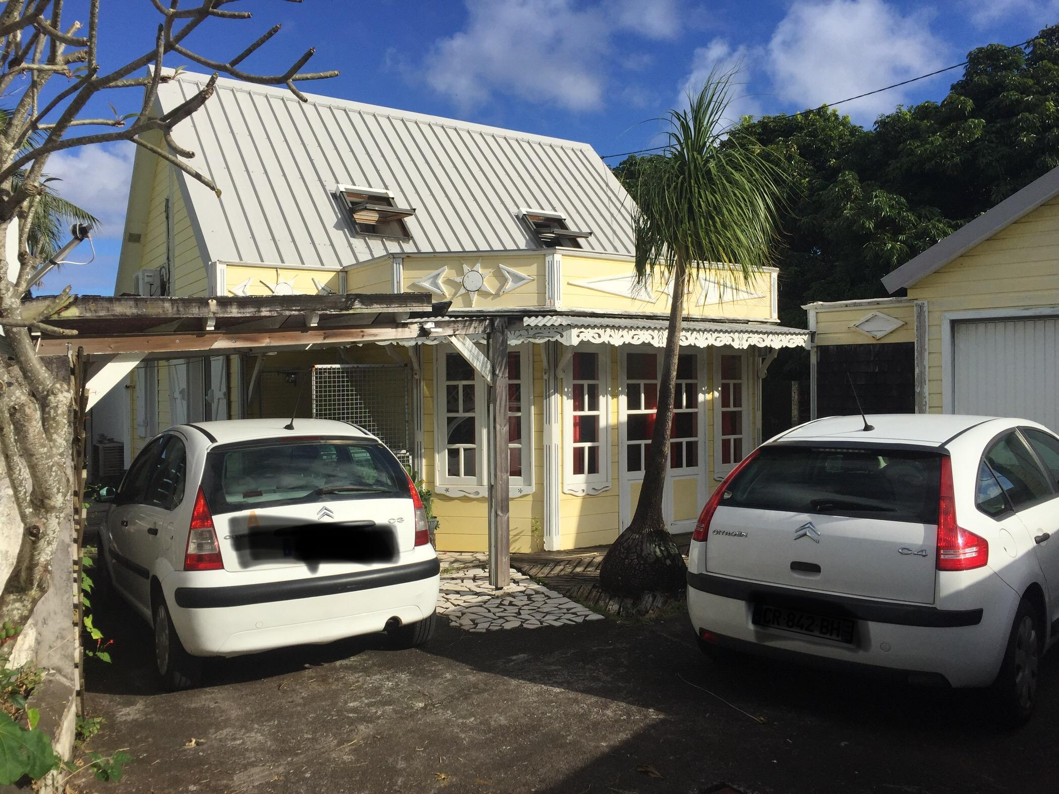 Maison F4 avec Jacuzzi à VINCENDO, sud de la Réunion