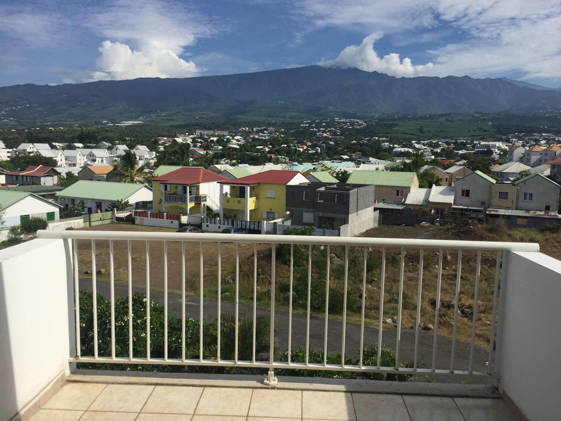 Appartement au dernier étage - vue montagne