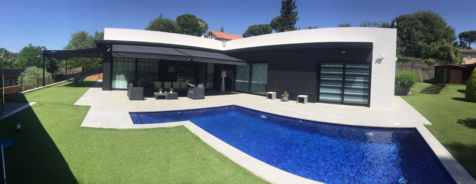 Barcelone (San Cugat del Valles) magnifique villa avec piscine à vendre