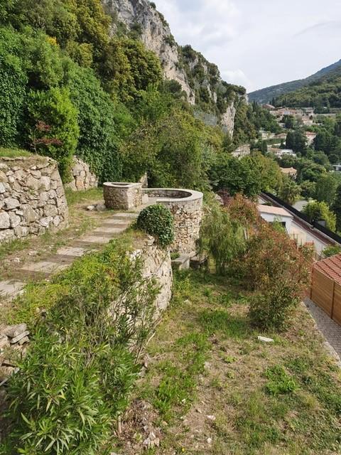 très belle villa  à vendre à LA TURBIE - à proximité de la principauté de MONACO