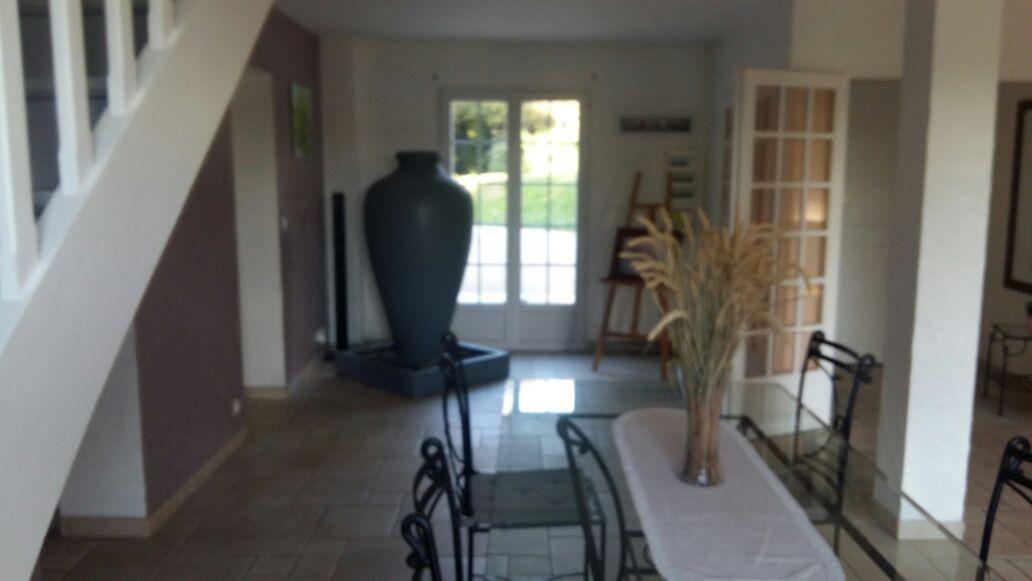 Superbe villa sur parcelle de 2650 m2 , 30 min de Paris  à Jouars-Pontchartrain