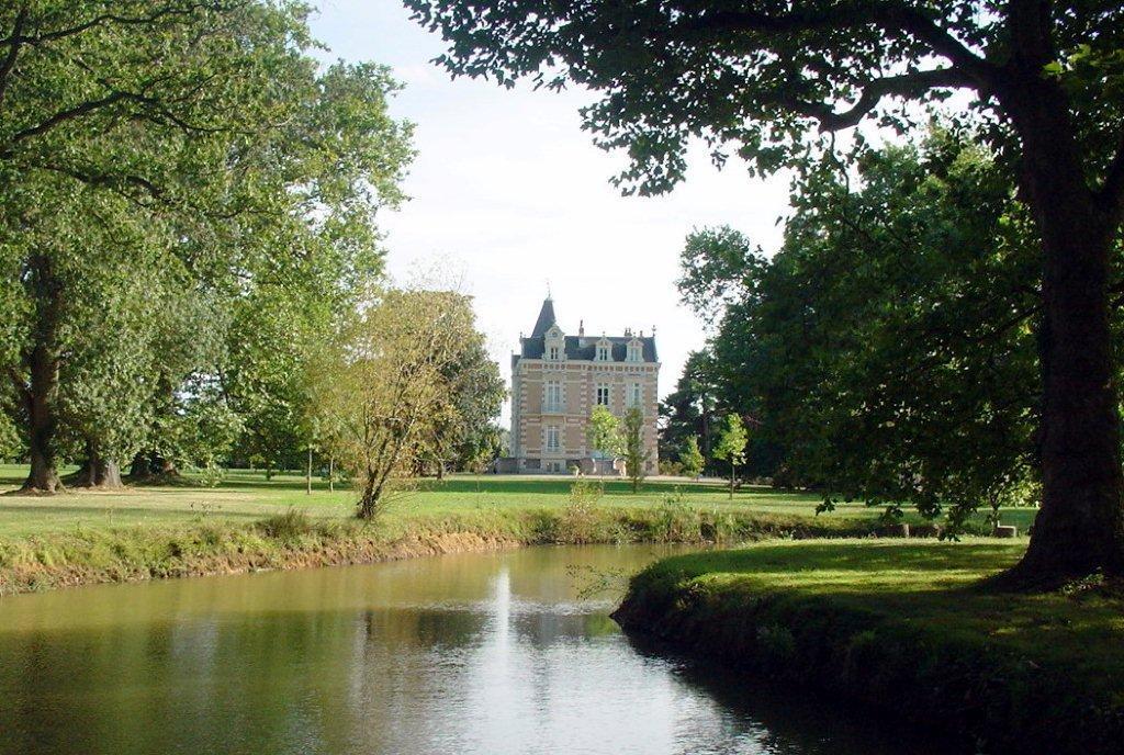 Vente d'un Château du XIXe siècle dans la Sarthe