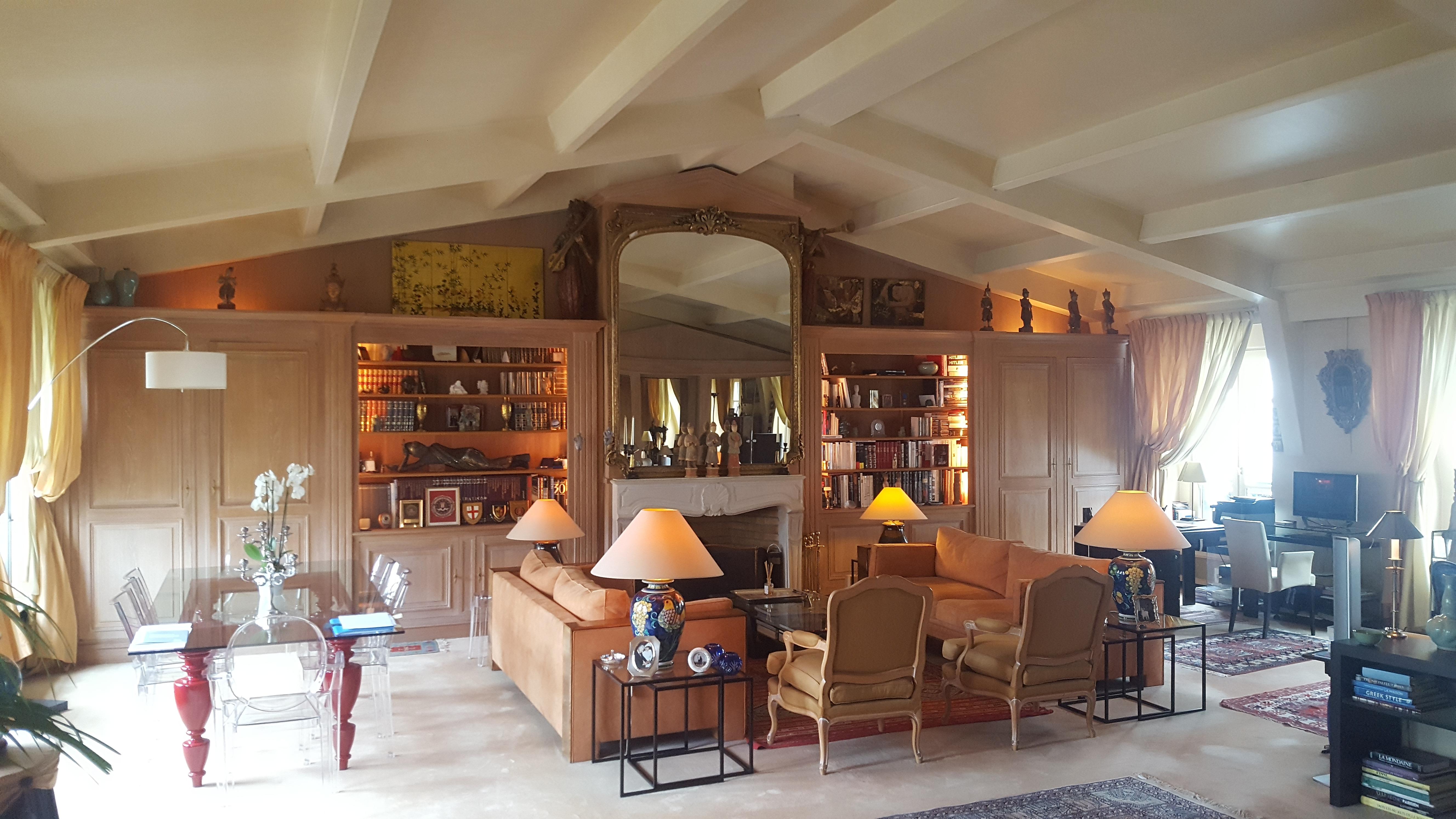 Appartement de Prestige quartier Antiquaires Paris  St Germain.Coup de Coeur!