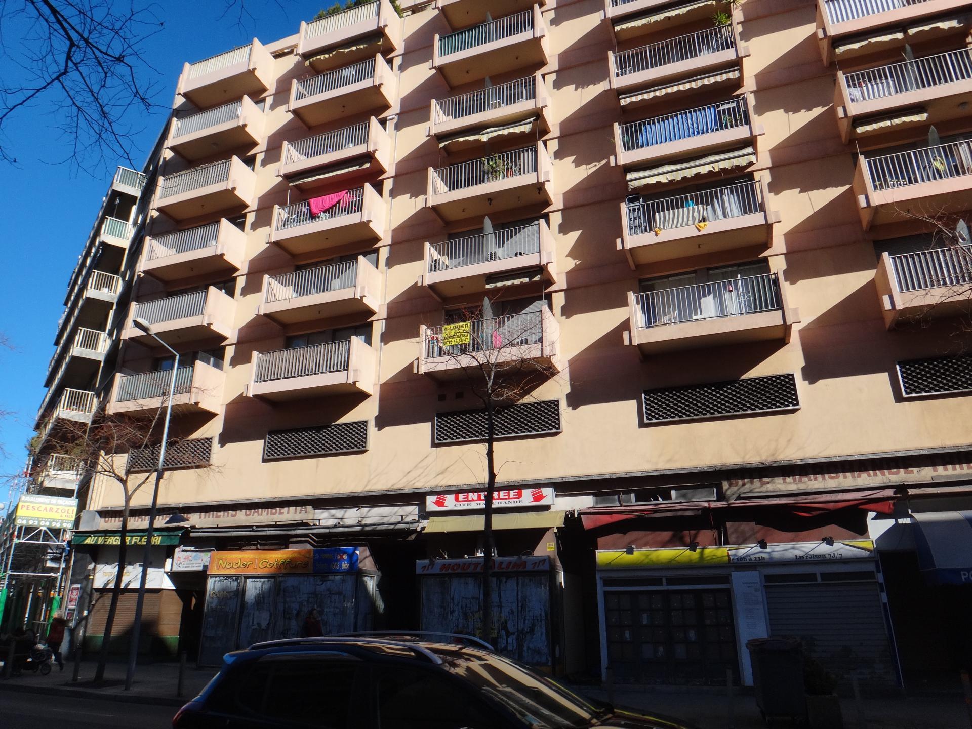 Appartement libre 2 pièces, 55m2, Nice Centre