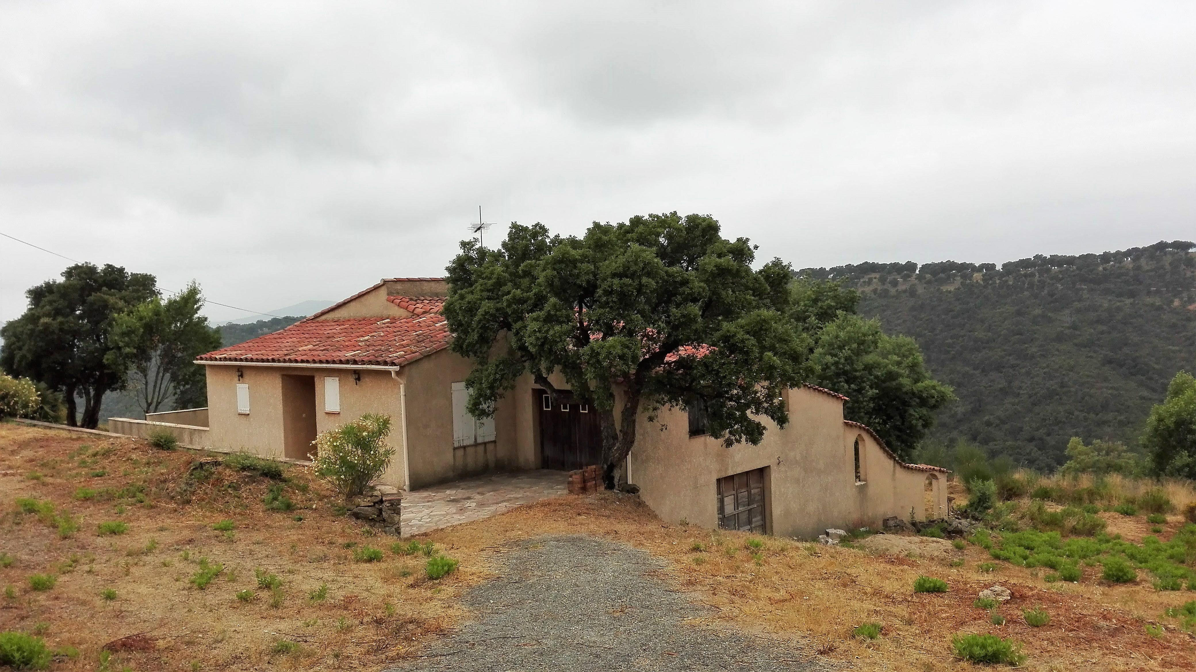 Villa de 120 m² sur 4 hectares à vendre à Sainte-Maxime
