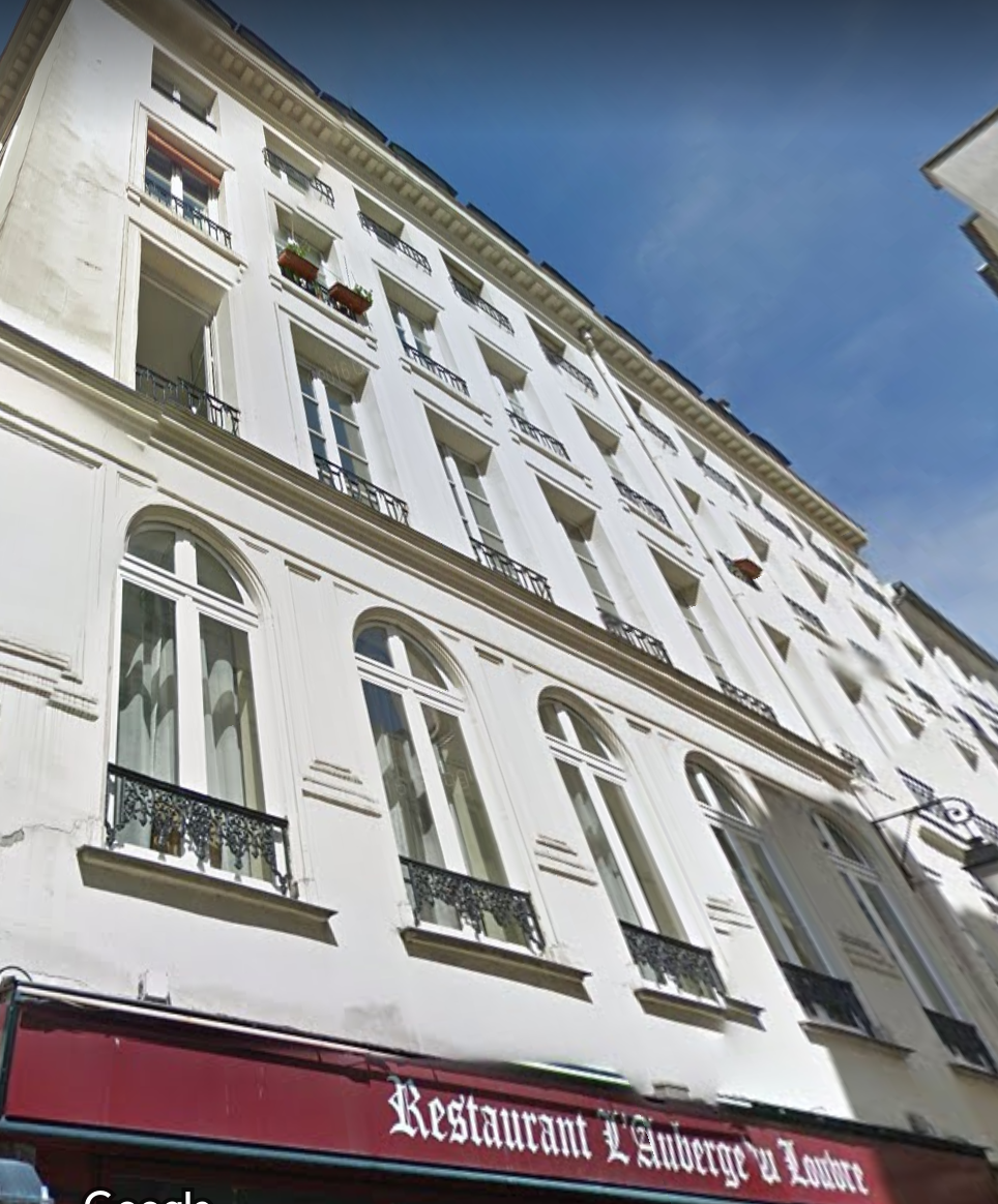 Exclusivité Paris 1er - Studio rue Saint Honoré - 28 M2 - 368.000 euros