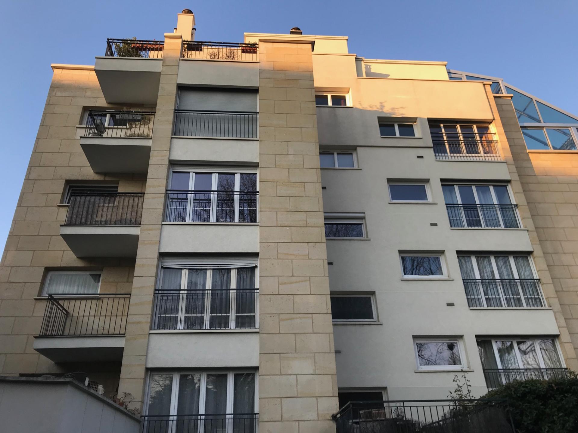 MEUDON BELLEVUE - APPARTEMENT 2 PIECES (possibilité 2ème chambre)