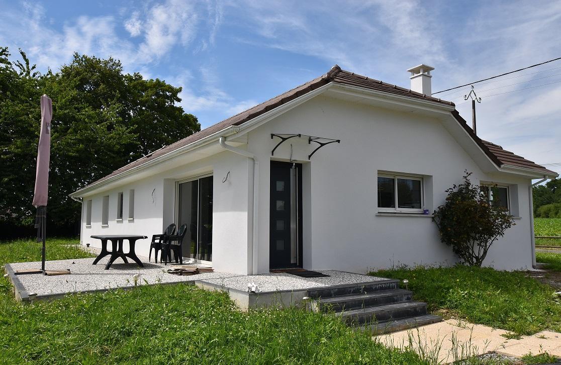 Maison 5 pièces de 120 m2 – MONT (64300)