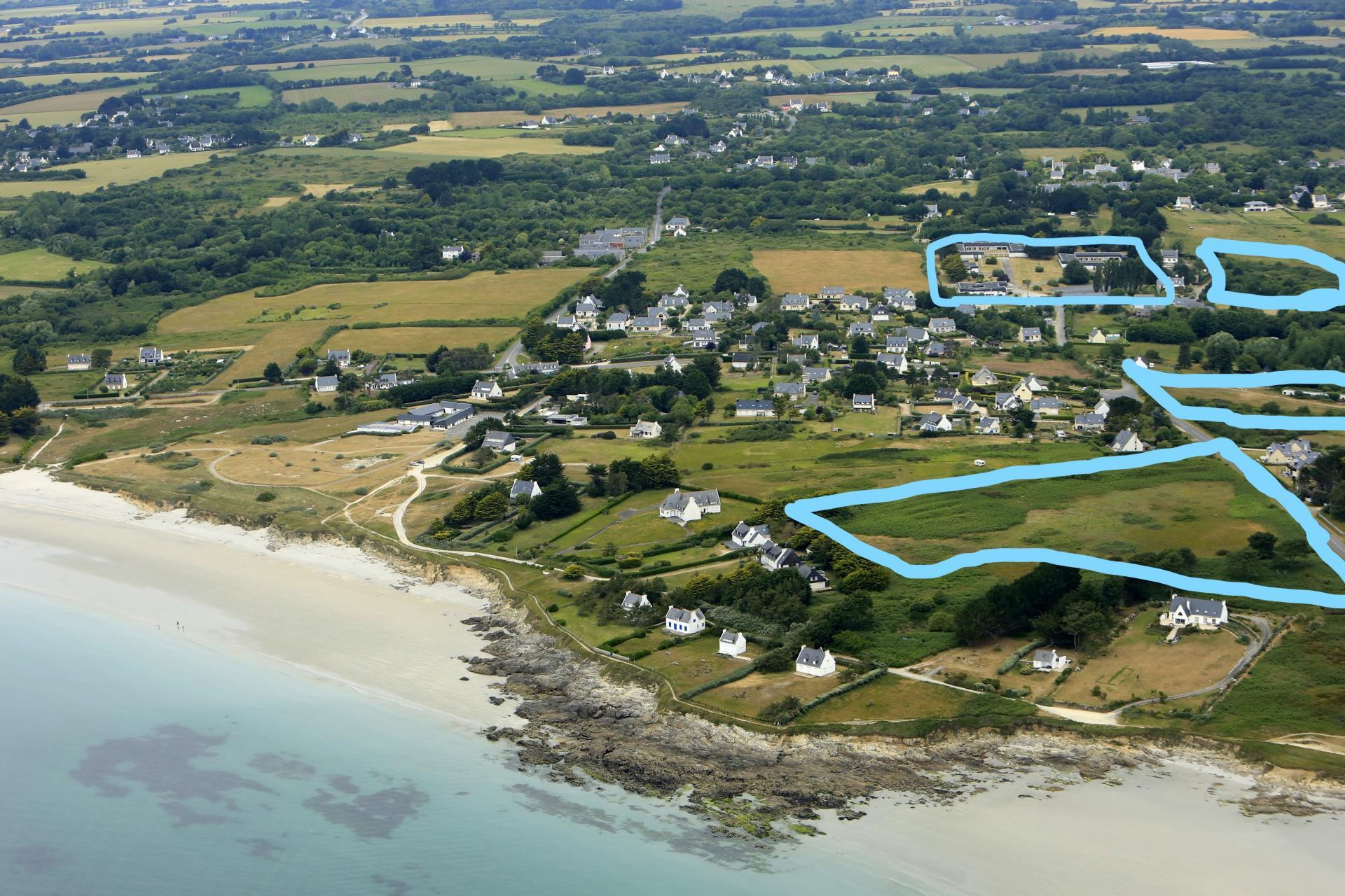 Vaste ensemble immobilier situé à Trégunc (Finistère)