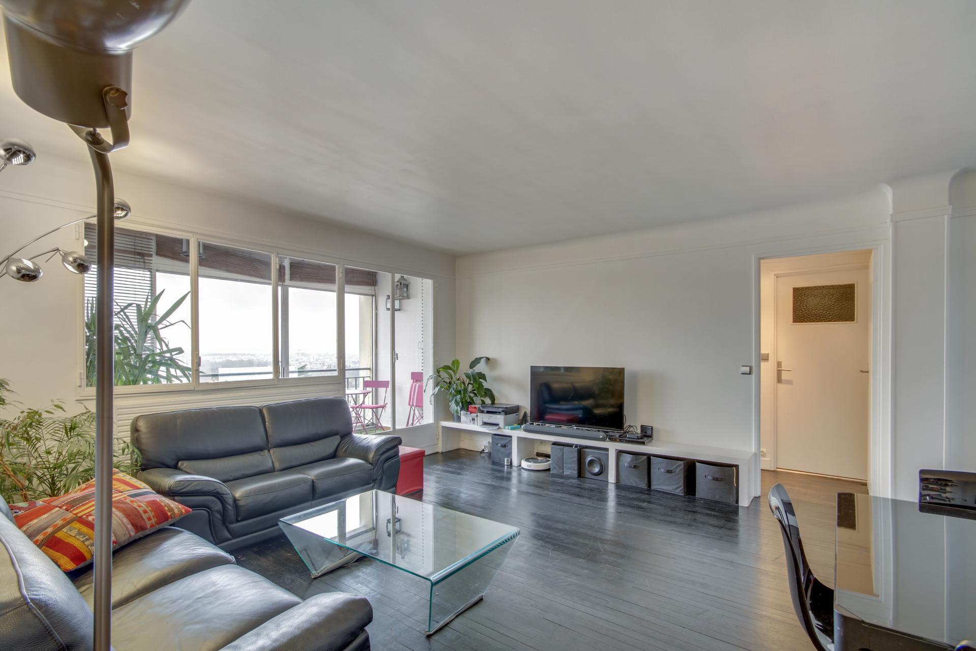 APPARTEMENT 79 m2 Loi Carrez + 16 m2 de Loggias - 3 Pièces - NOGENT SUR MARNE - RER A - Bois