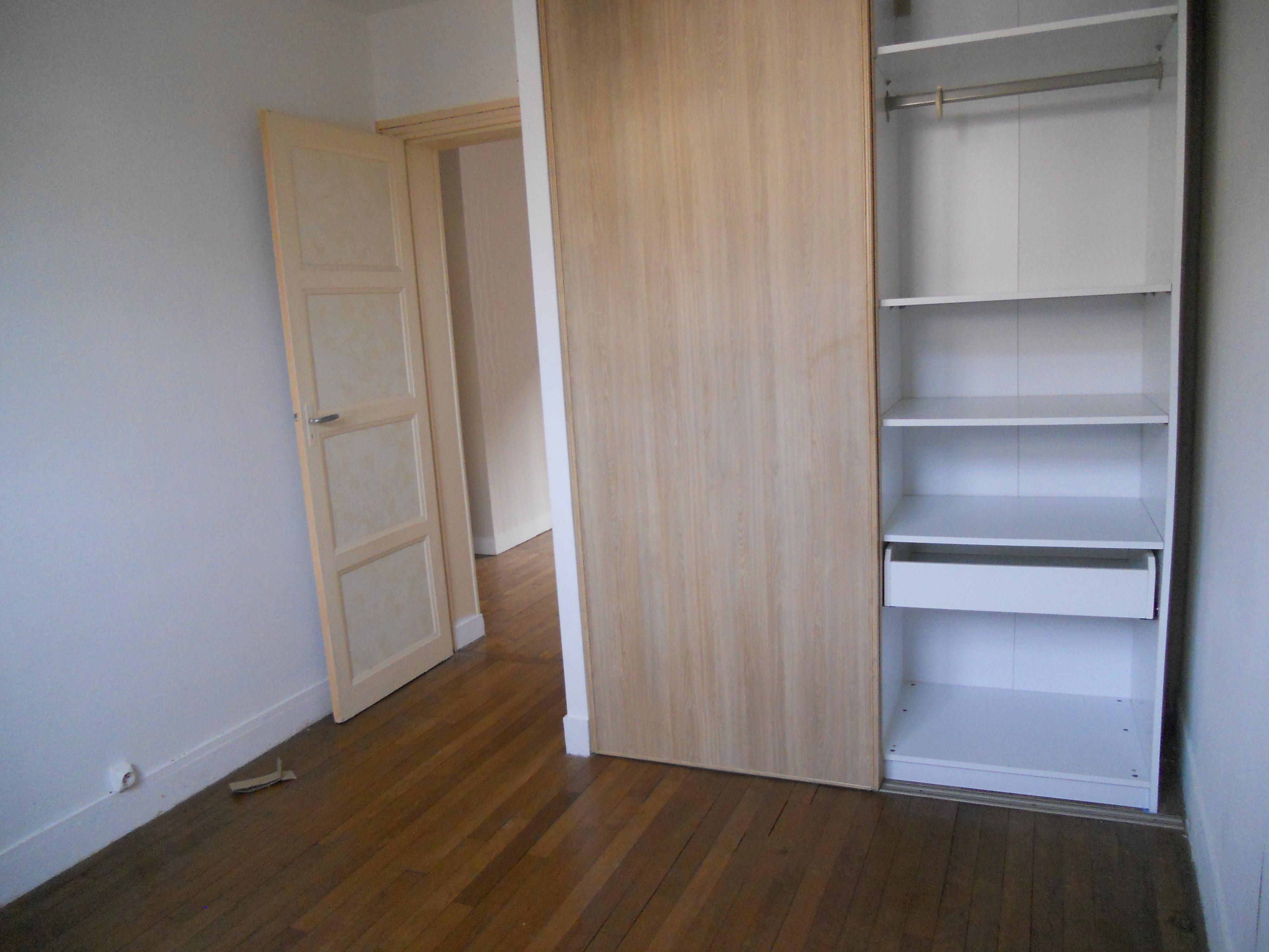 Appartement dans petite copropriété à SAINT CYR L'ECOLE