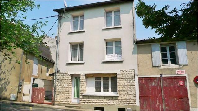 Poitiers, ensemble immobilier de 250m²
