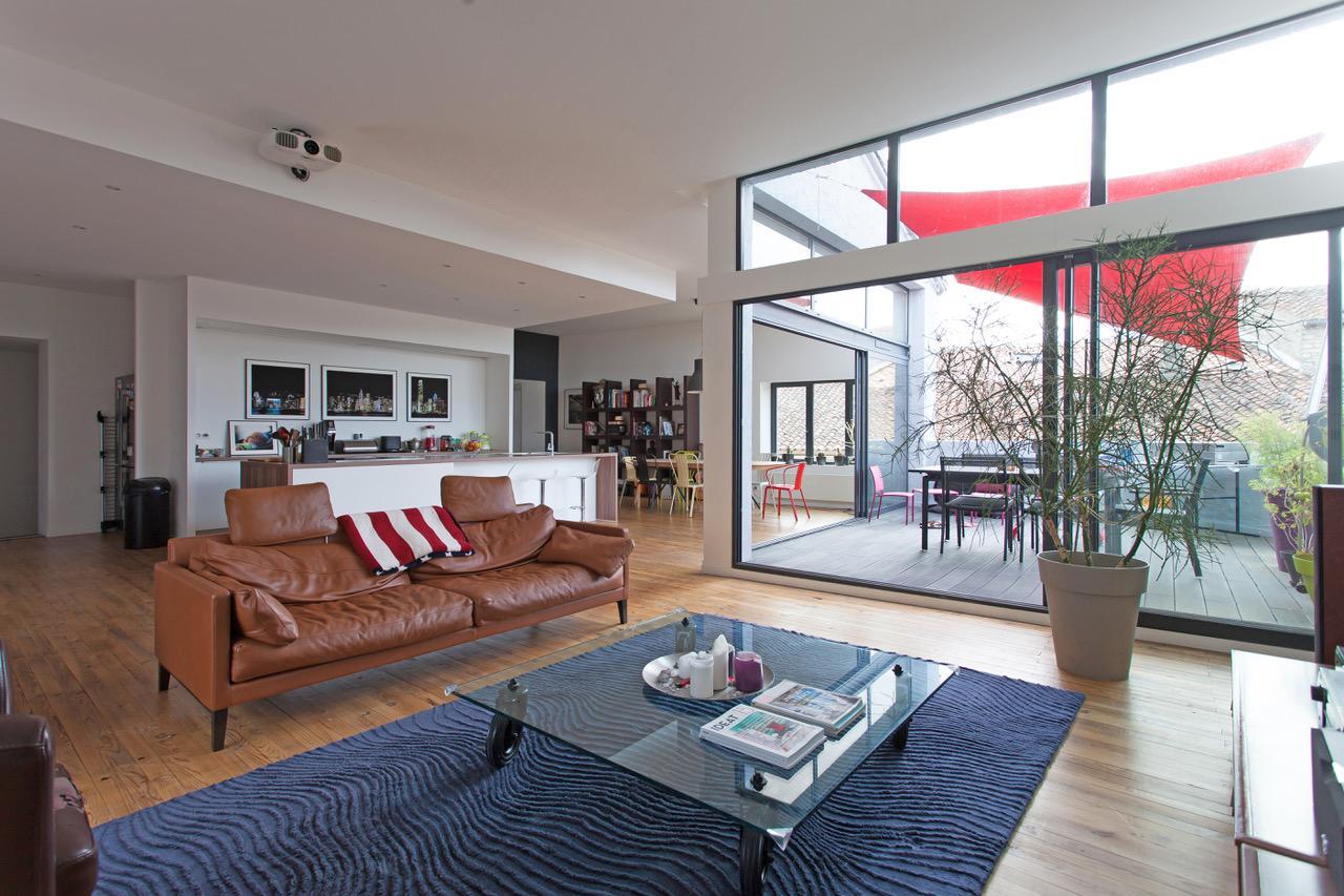25mn de Poitiers, Loft de 250m² avec terrasse