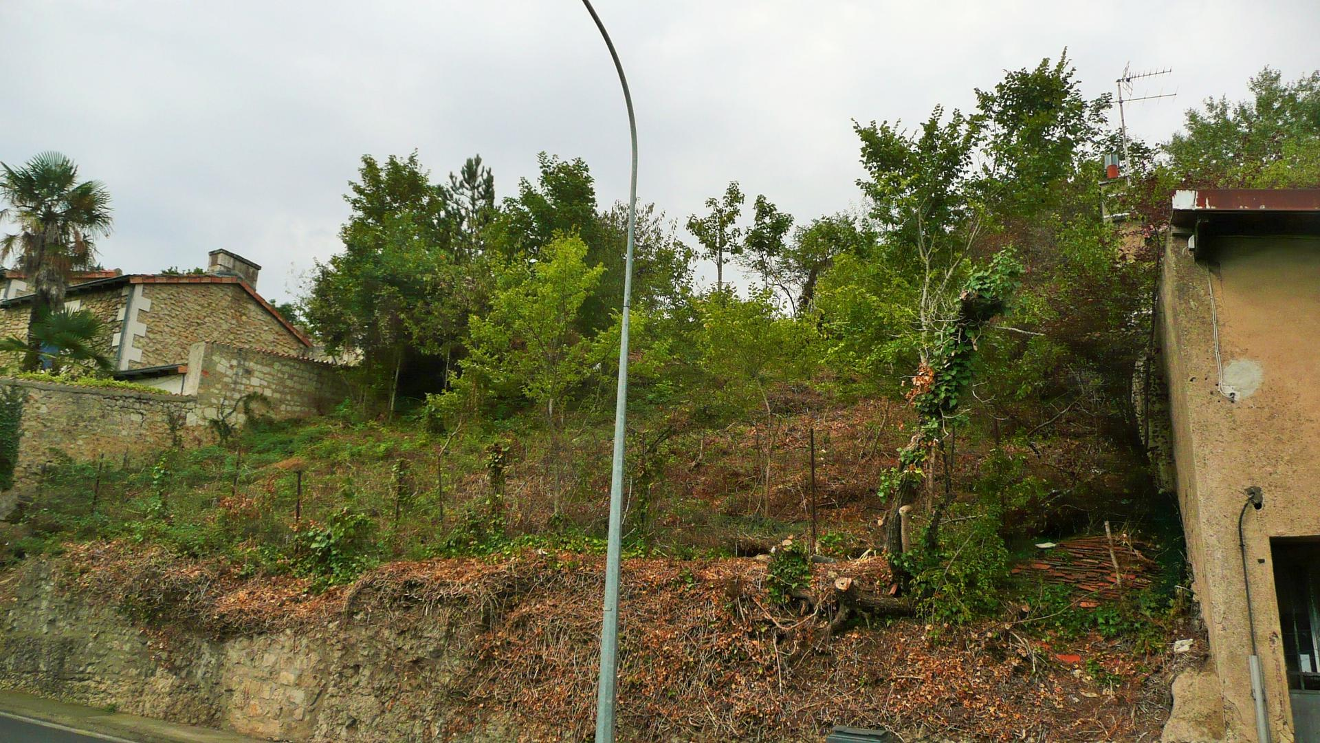 Poitiers terrain a bâtir