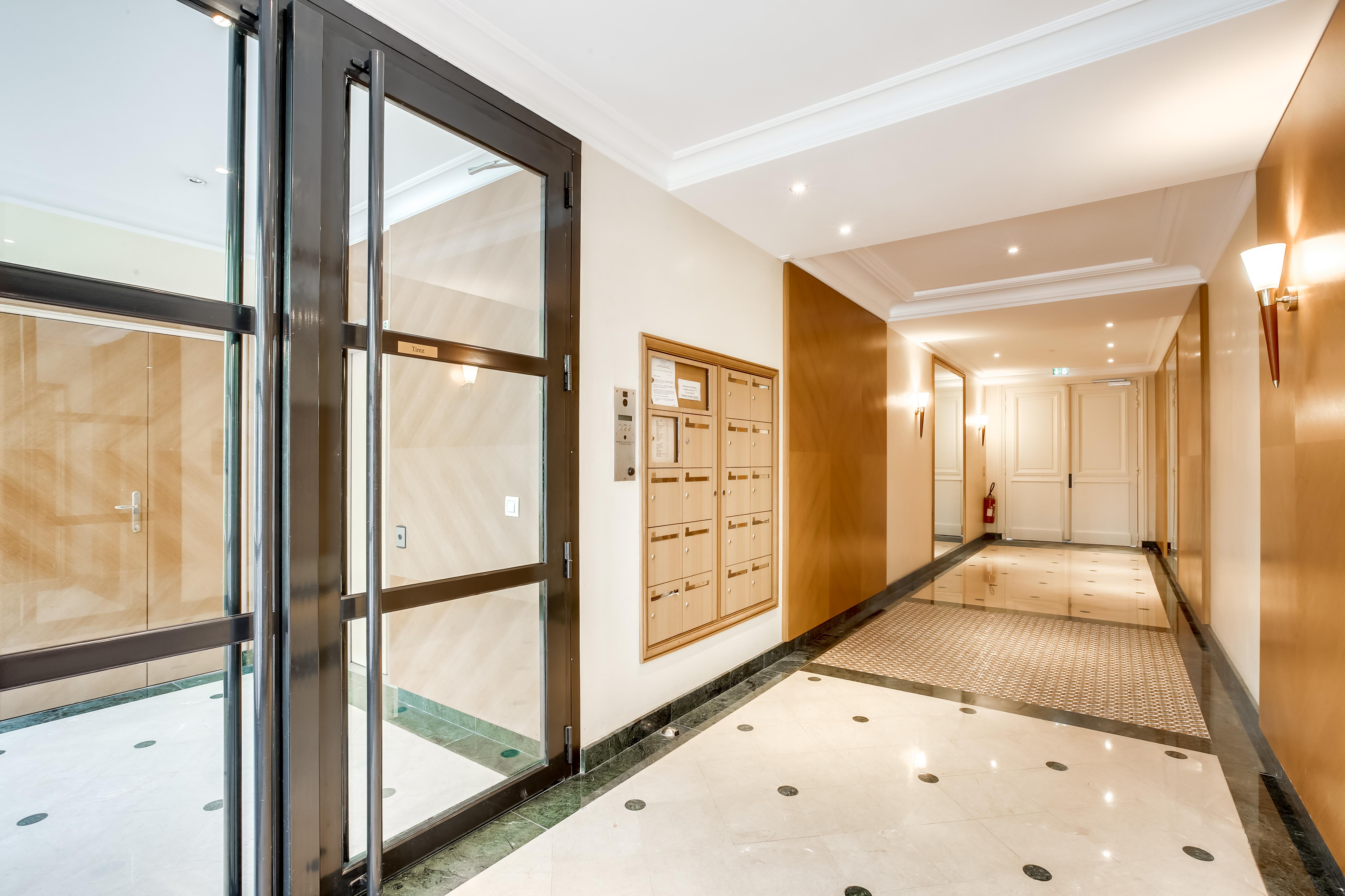 Appartement 5 pièces à Paris 7ème