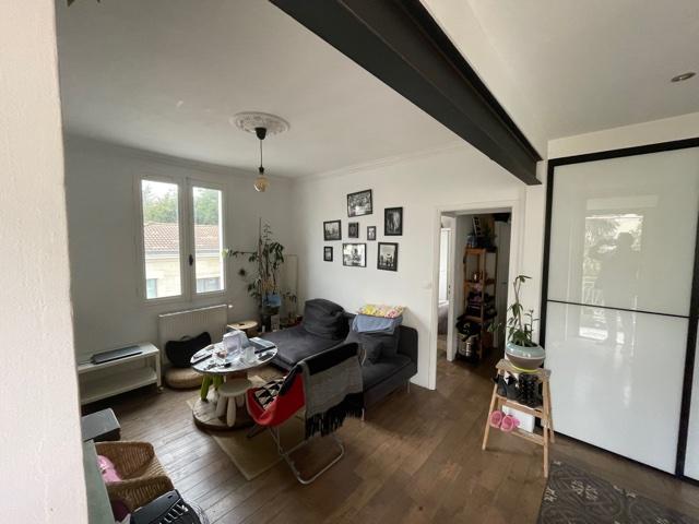 Bordeaux Appartement avec jardin , quartier recherché
