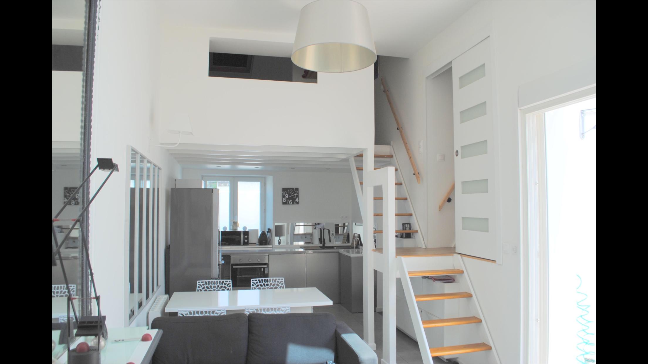 Maison de centre-ville en duplex 60m² - BASSIN ARCACHON  - 1km DU PORT DE LA TESTE DE BUCH